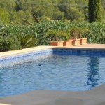 Reference pool and garden maintenance in Javea